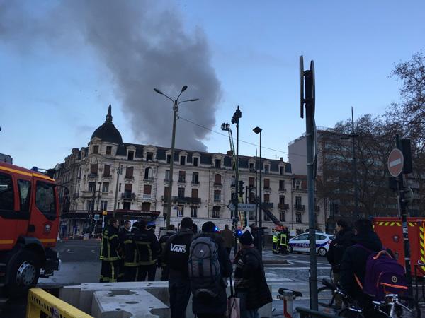 Incendie rue Bayard, défaite du PSG face à Guingamp… les infos de la matinée