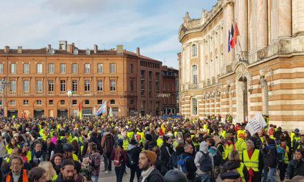 10 000 «Gilets jaunes» à Toulouse pour l'acte X