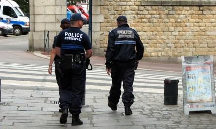 Un policier entre la vie et la mort près de Lyon