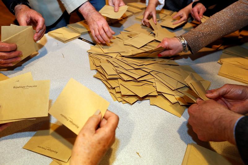 [DATA] Retour sur 20 ans de municipales en Haute-Garonne