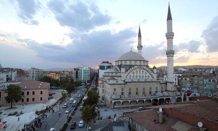 Séisme en Turquie : au moins vingt-et-un morts