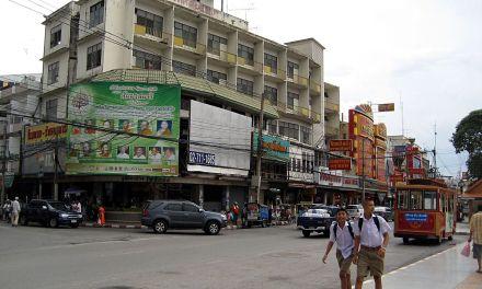 Thaïlande : le bilan s'alourdit à 26 morts, l'assaillant tué ce matin