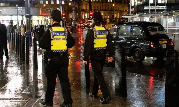 Attaque au couteau à Londres : l'assaillant sortait de prison