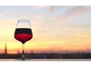 Les États-Unis impose des droits de douane de 25% sur les vins français.