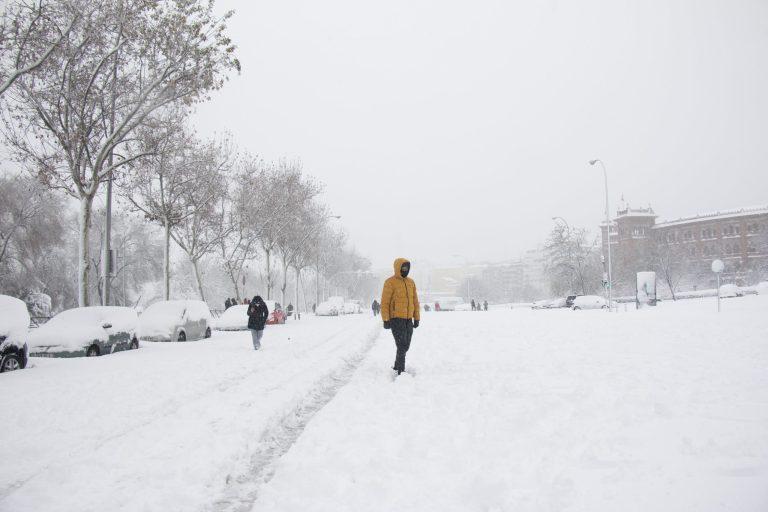 La tempête Filomena a fait trois morts en Espagne ce week-end. Crédit : Unsplash par Ludmila Hermida.