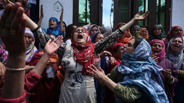Kashmir, Tentara India, Protest