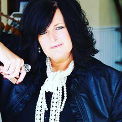 Lisa Coots-Schooley headshot