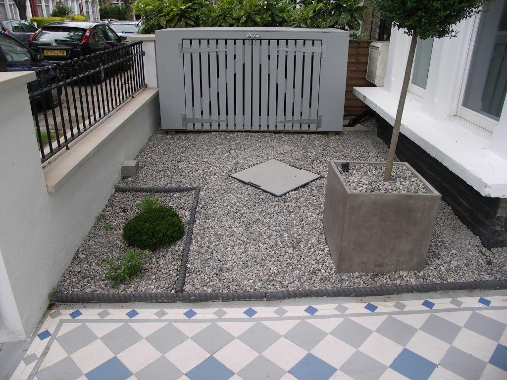 Grey Pebbles Garden