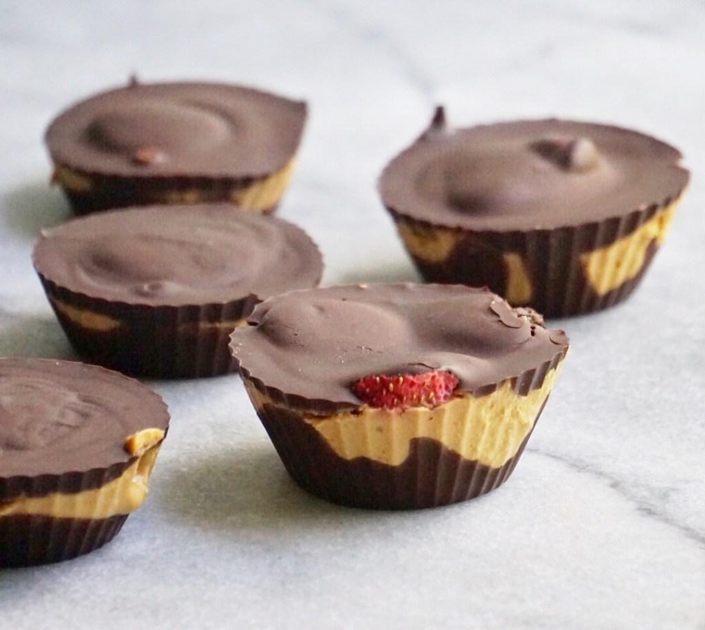 Strawberry Stuffed Dark Chocolate Peanut Butter Cups by Leahs Plate3 1024x915 - Strawberry-Stuffed Dark Chocolate Peanut Butter Cups