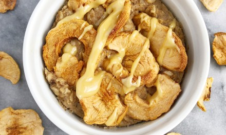 Apple Pie Baked Oatmeal (Vegan & Gluten-Free)