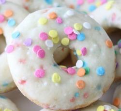 funfetti cake mix donuts