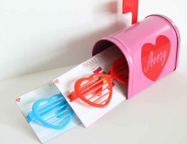 sunglass valentine mailbox