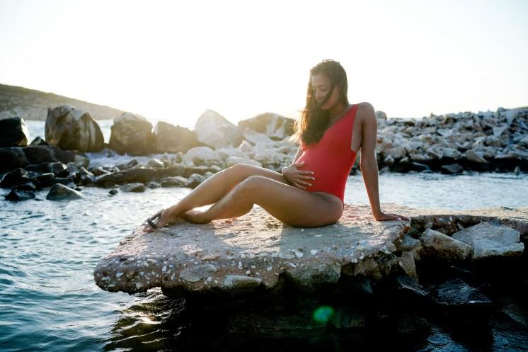 photo grossesse à Paros grèce