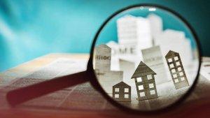 La protección del arrendatario ante la enajenación libre o forzosa de la vivienda arrendada
