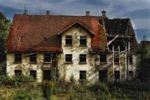 Resolución de contrato de alquiler de renta antigua por ruina de inmueble