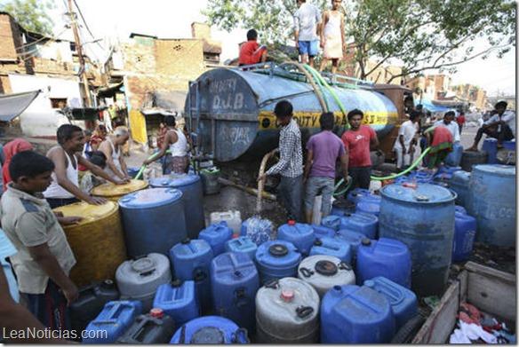 Ola de calor deja más de 500 muertos en la India