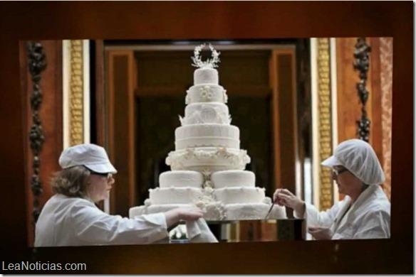 Subastarán pedazos de tortas de cinco bodas reales británicas