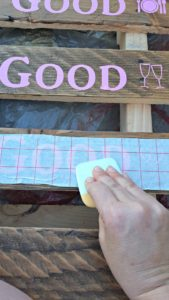 stenciling wood pallet