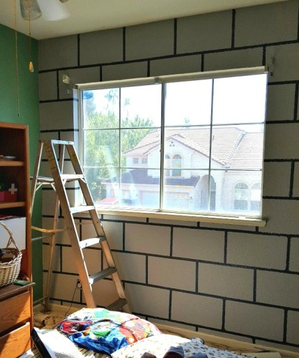 DIY Minecraft bedroom block wall paint tutorial