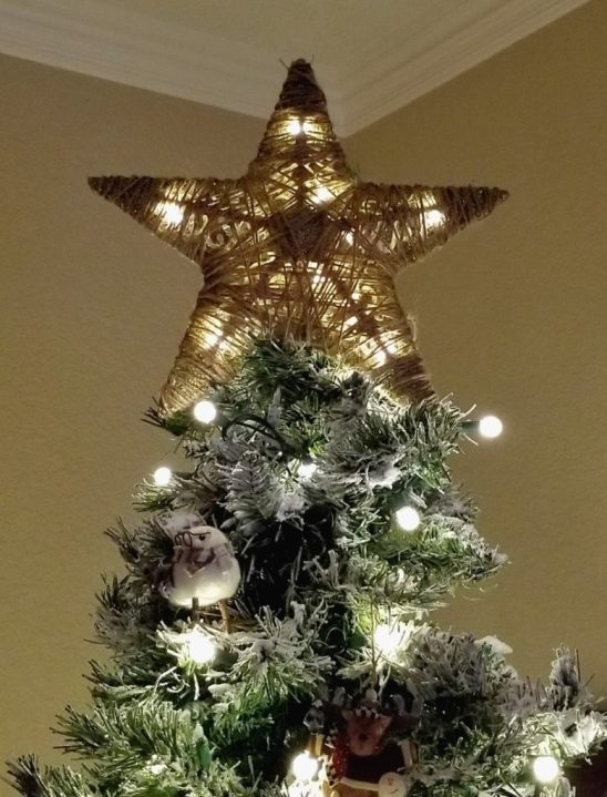 Diy tree topper from dollar tree items leap of faith for Christmas tree items list