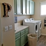 Farmhouse Laundry Room Makeover on a Budget!