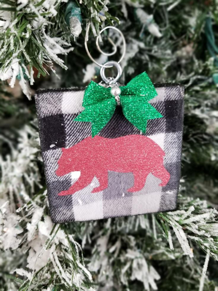 buffalo plaid ornaments diy