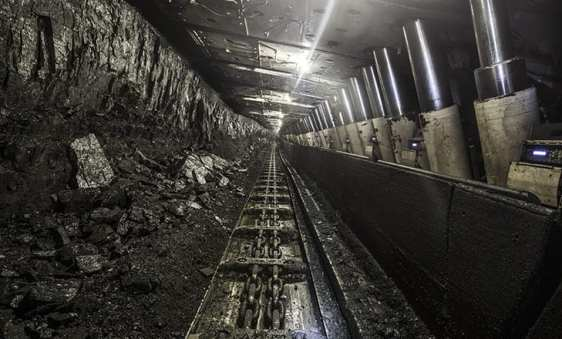 Republic of Abkhazia cuts power to 15 miners - What is going on here?