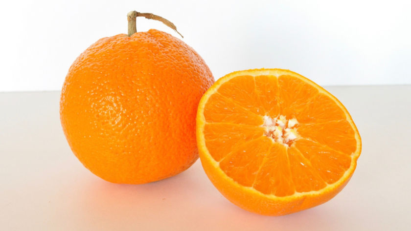 Summary of Oranges by Gary Soto