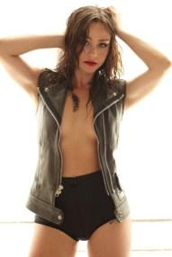 Danielle-Harris-Sexy-Gorezone-Magazine-Photoshoot-2010-03