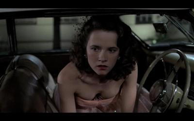 lea_thompson_clevage_back_to_the_future_hd-wallpaper-575457