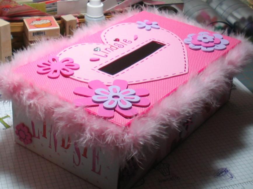 girls-valentines-box