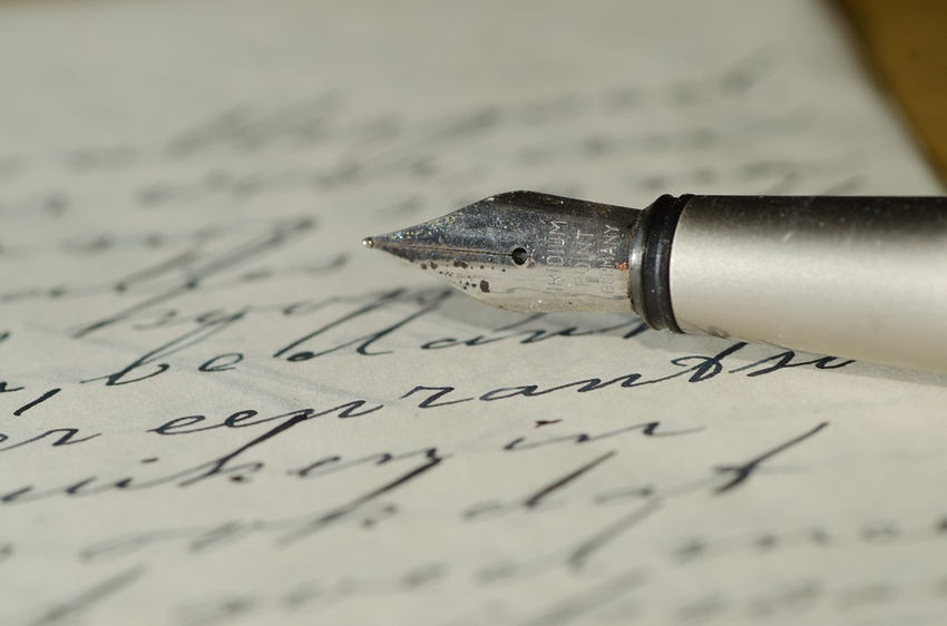 handwriting personality slant