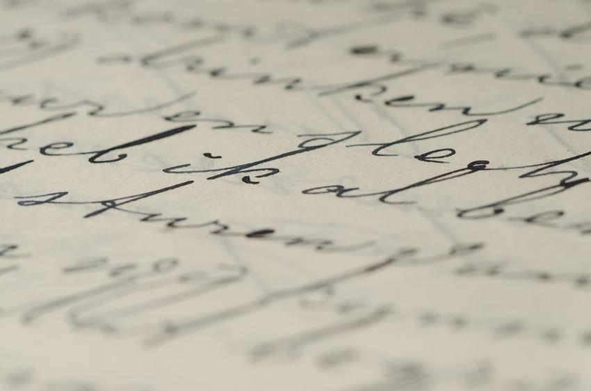 handwriting personality spacing