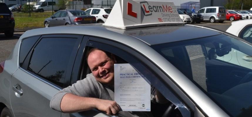 Driving lessons Renfrew