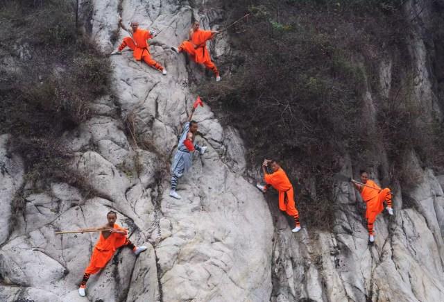 Monges de Shaolin na montanha