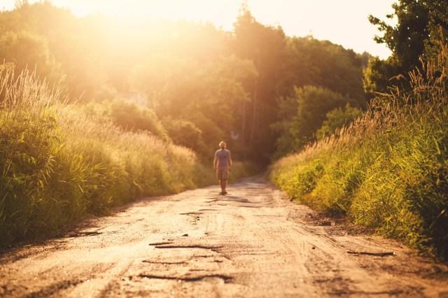 SUA, Connecticut, Omul care merge în lumina soarelui