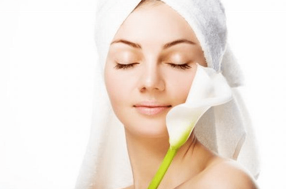 Holistic Dermatology: How to Heal Your Skin with