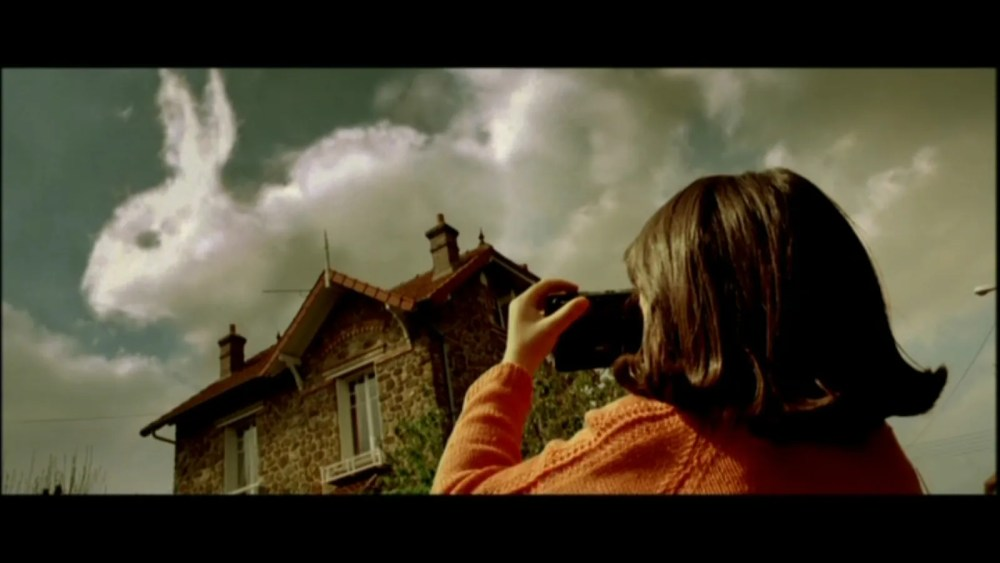 The whimsicality of Amelie (2001) (3/6)