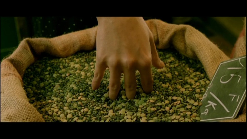 The whimsicality of Amelie (2001) (5/6)