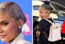 Photo of Kylie Jenner Sent Stormi To Her First Day Of School With A $12,000 Hermès Backpack, And People Have Thoughts