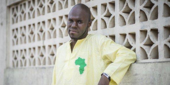 Sénégal : Kemi Seba, trente heures de rétention et une nouvelle expulsion