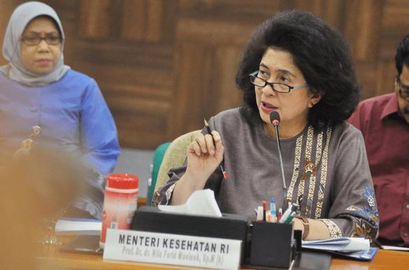 Menteri Kesehatan Nila Djiwita F. Moeloek