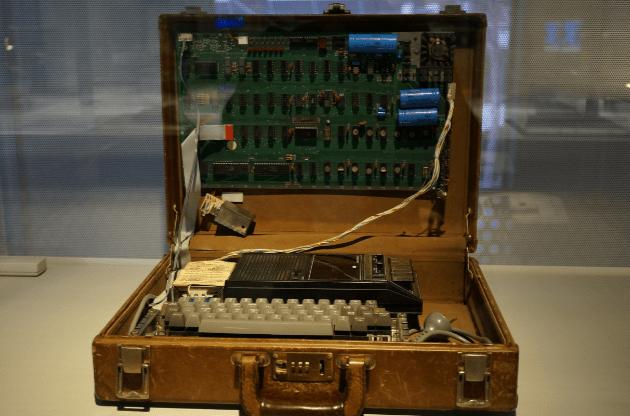 Komputer Pertama Apple 1