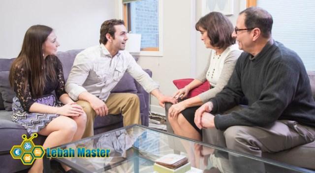 Cara menghadapi calon mertua saat pertama kali bertemu