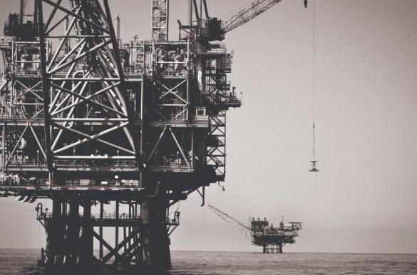 الحماية القانونيّة الدوليّة لمنشآت البترول البحريّة