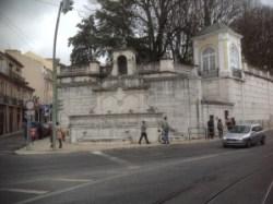 Öffentlicher Wasserbrunnen am Largo do Rato (nicht mehr in Betrieb)