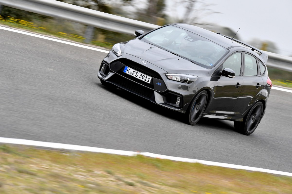 Ford Focus RS test at Salon de Provence March 31 2016 - Photo Marc de Mattia / DPPI