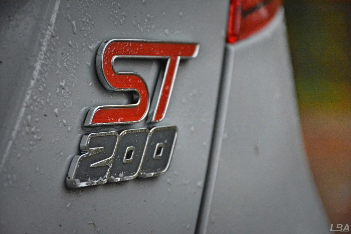 ford-fiesta-st-200-3