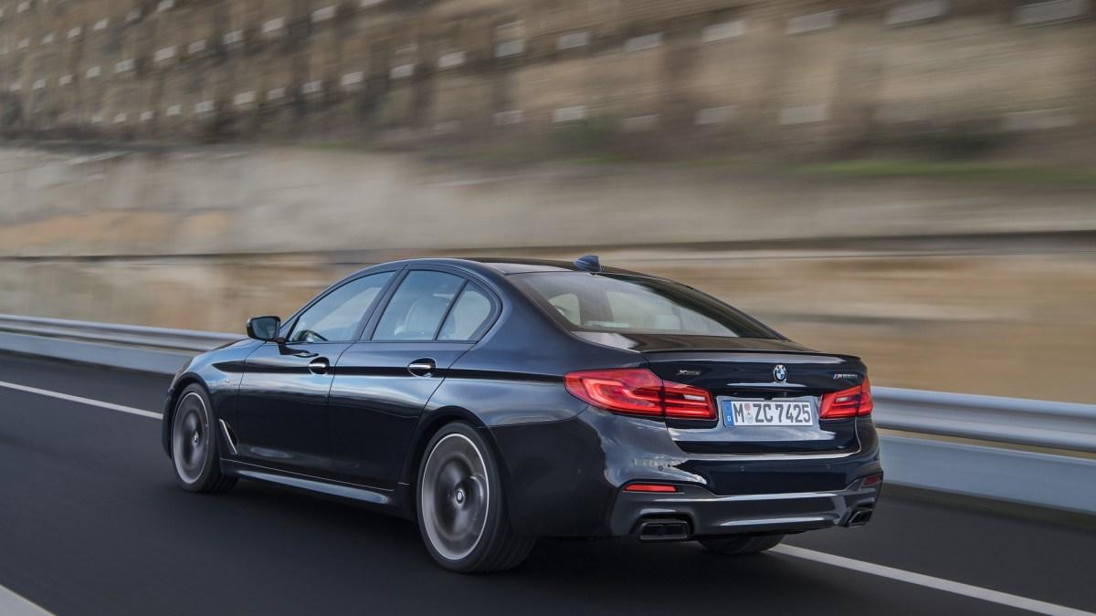 BMW M550i arrière