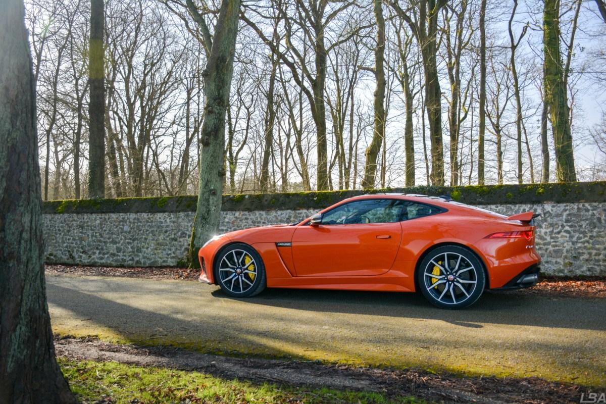 Jaguar F Type SVR side